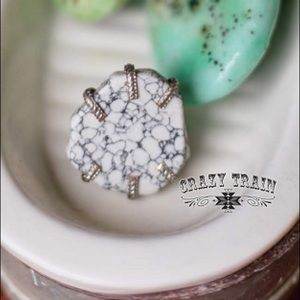 Crazy Train adjustable ring